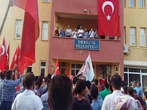 Derecik'te Son Demokrasi ve Şehitler Mitingi Yapıldı
