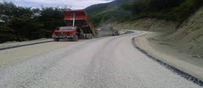 Derecik Samanlı Köyü Derindere Mezrası Yolu 2 kat Sathi Kaplama ve Köy İçi Yolların Parke Taşı İle Döşenmesi Yapım İşi